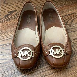 Michael Kora size 7 brown flats